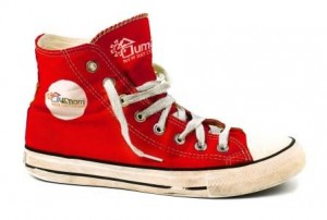 umom_red_shoe-_web_ready
